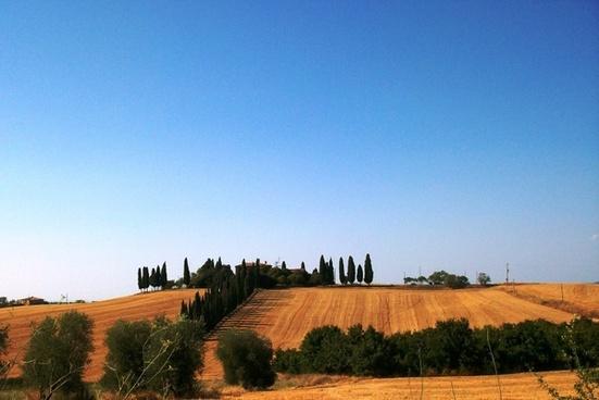 tuscany landscape house