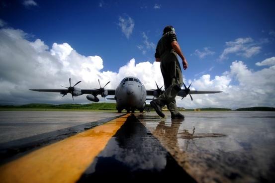 us air force runway plane