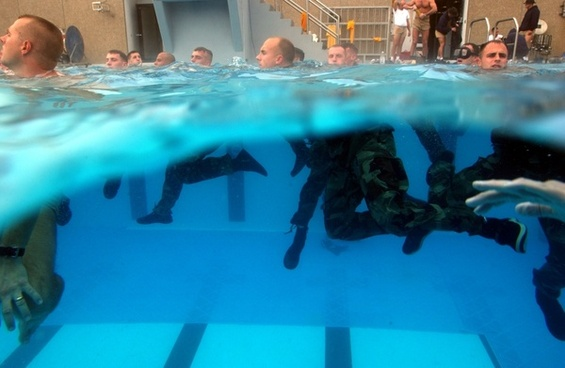 us navy diving training water