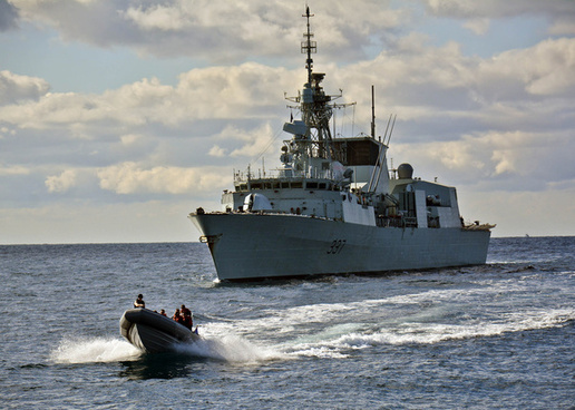 us navy sailors depart the canadian navy ship hmcs fredericton