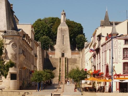 verdun france monument