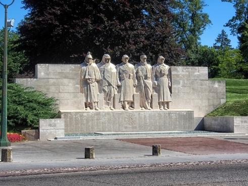 verdun france war memorial