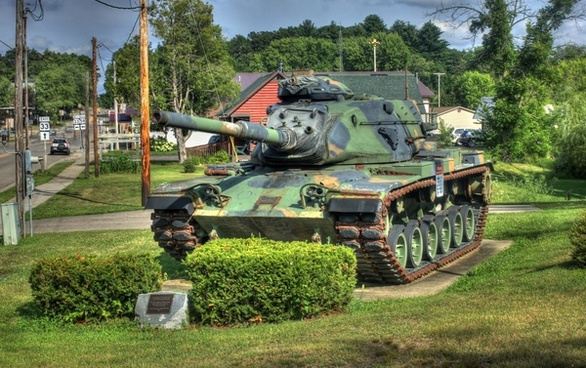 veterans memorial tank on the 400 trail in wisconsin