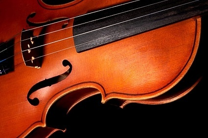 violin closeup picture