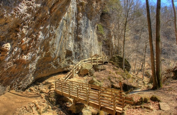 walkway near the caves at maquoketa state parl iowa