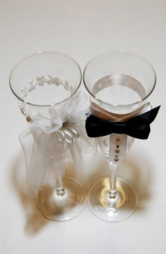 wedding glasses champagne