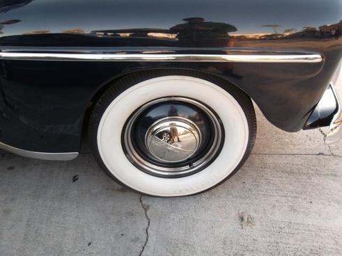 white wheel classic