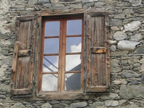 window stones wall