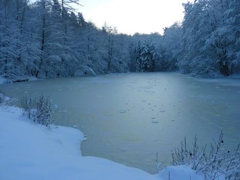 winter see ice