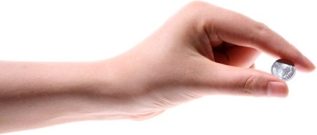 woman hand closeup pinch the coin hd picture