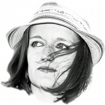 woman hat portrait