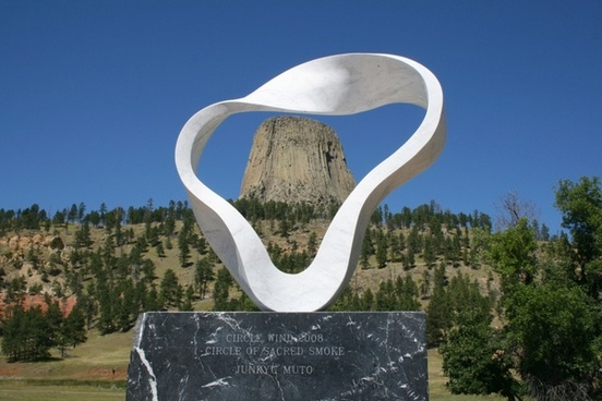 wyoming devil's tower sculpture