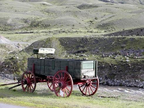 yellowstone national park heritage old wagon