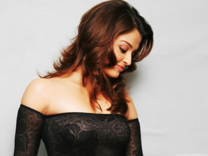 Aishwarya rai beautiful in black