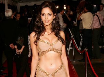 Bollywood Babe Mallika Sherawat