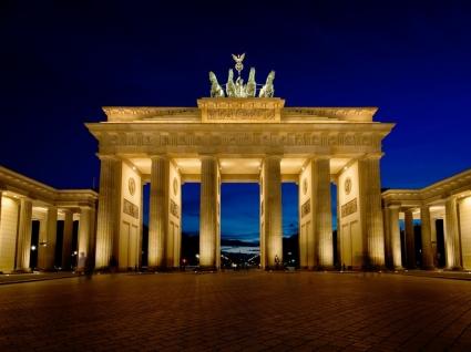 Brandenburg Gate Wallpaper Germany World