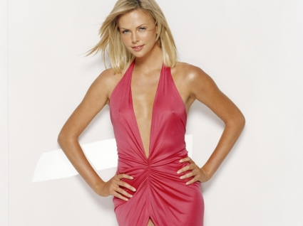 Charlize Theron Elegantly Wallpaper Charlize Theron Female celebrities