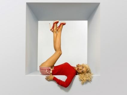 Christina Aguilera Legs Up Wallpaper Christina Aguilera Female celebrities