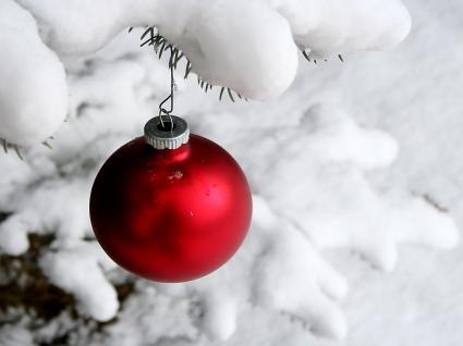 Christmas Ball Snow