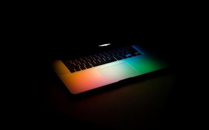 Colors of Apple MAC