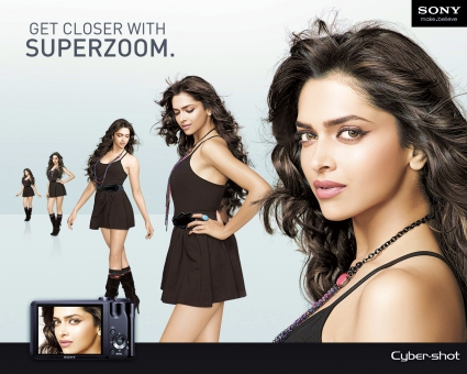 Deepika Padukone Cybershot