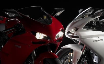 Ducati Streetfighters Wide