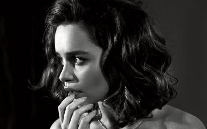 Emilia Clarke Black White