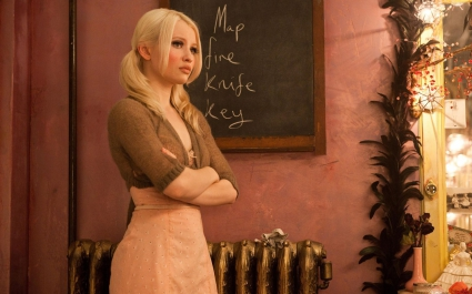 Emily Browning  in Sucker Punch 2011