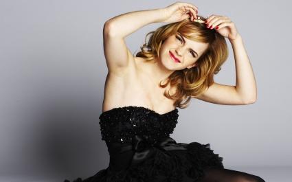 Emma Watson Crazy Looks