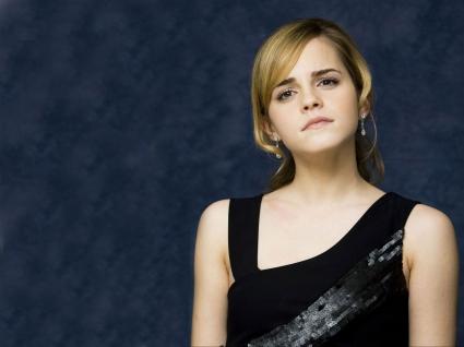 Emma Watson in Black Top Beautiful HD