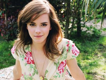 Emma Watson Stunning