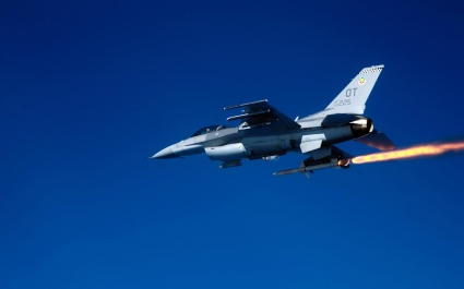 F 16C Fighting Falcon firing AGM 88 Missile