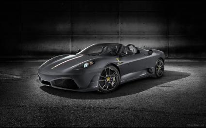 Ferrari Scuderia Spider 16M 8