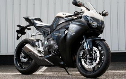 Honda CBR100RR Fireblades