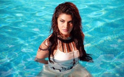 Jacqueline Fernandez Hot