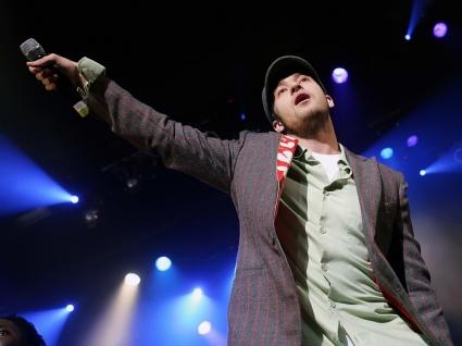 Justin Timberlake singing Wallpaper Justin Timberlake Male celebrities