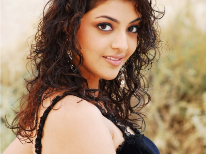 Kajal Crazy Looks