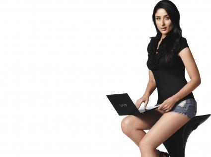 Kareena Kapoor Sony VaioX