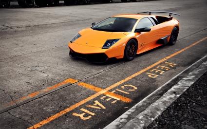 Lamborghini Murcielago LP670 4 SV 2