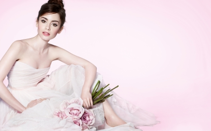 Lily Collins 2016