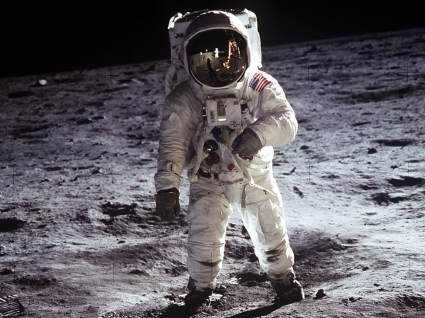 Men On The Moon Wallpaper Space Nature