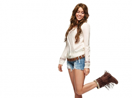 Miley Cyrus 39