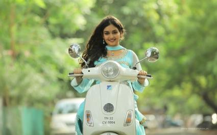 Pisachi Actress Prayaga Martin