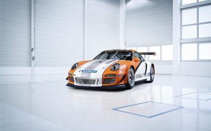 Porsche 911 GT3 R Hybrid 4