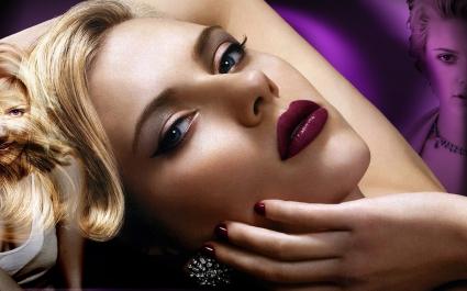 Scarlett Johansson (39)