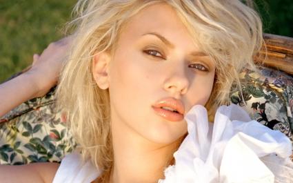 Scarlett Johansson 86