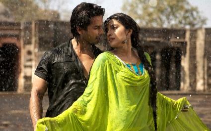 Shahid Priyanka in Teri Meri Kahani