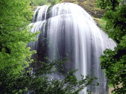 Silver Falls Wallpaper Waterfalls Nature