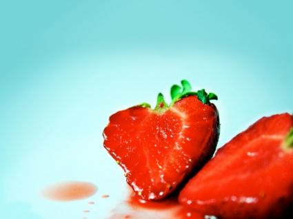Strawberrys Wallpaper Fruits Nature