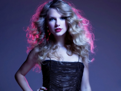 Taylor Swift Latest 2010